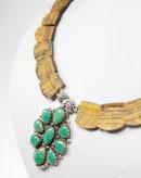 Collier unique en oeil de tigre brut et turquoise, réalisé à Bayonne