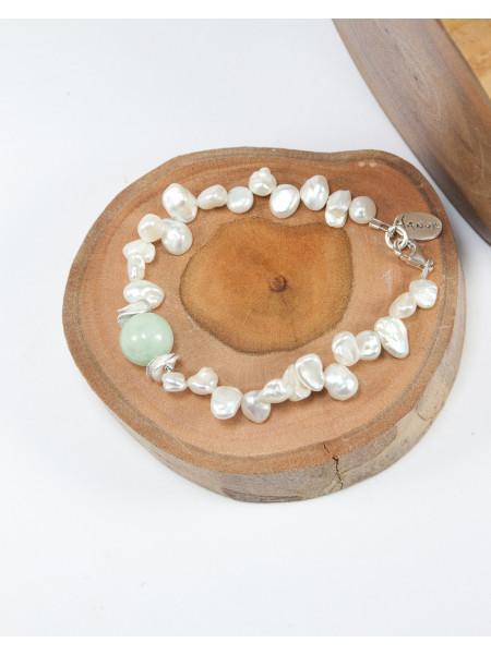 Bracelet en perle et jade de Birmanie