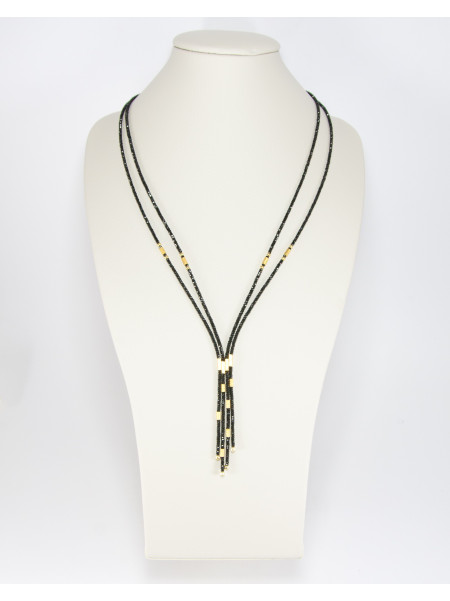 Collier 4 rangs en spinelle noir