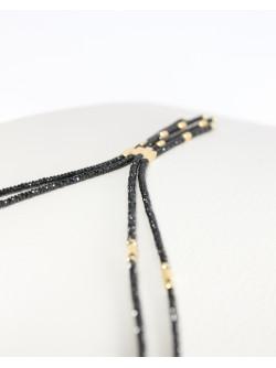 Collier original en spinelle noir