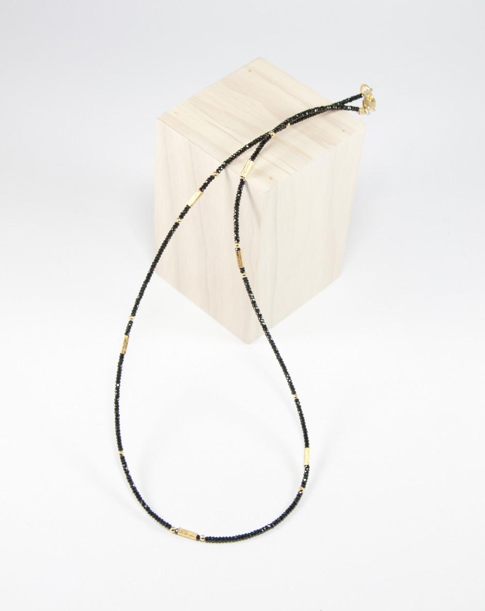 Collier en Spinelle noir, plaqué or