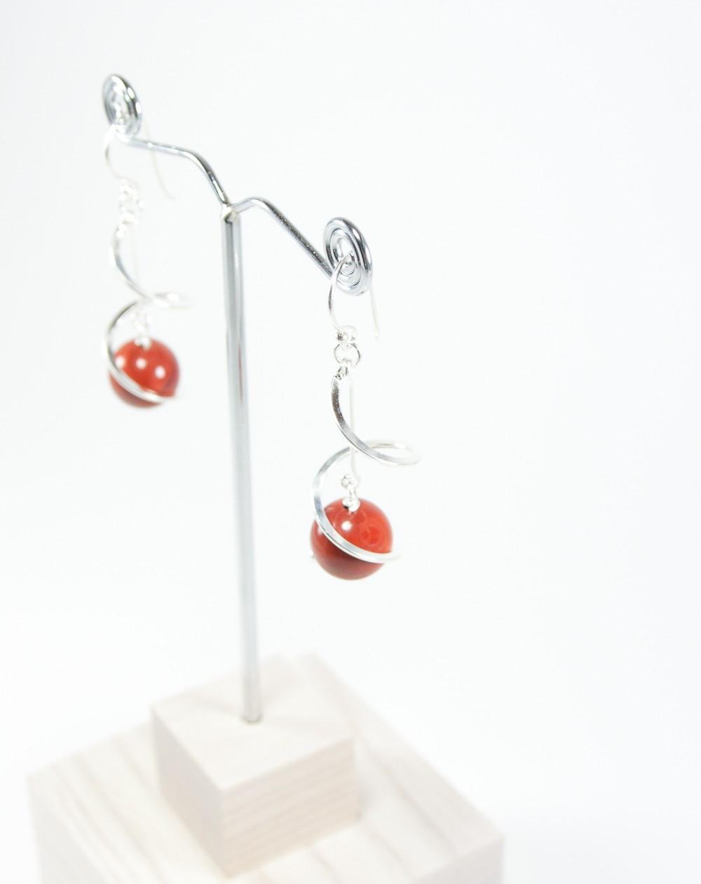 Boucles d'oreilles torsadé, jaspe rouge