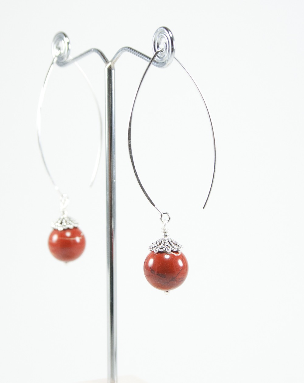 Boucles d'oreilles longue en jaspe rouge
